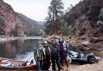 LauréLauré and Mary Nishioka, Sue and Terry Hall on the Green River